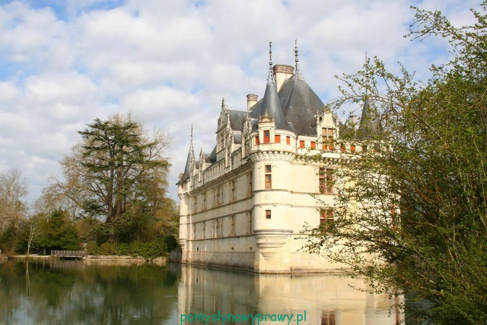 Francja zamki nad Loarą Azay le Rideau