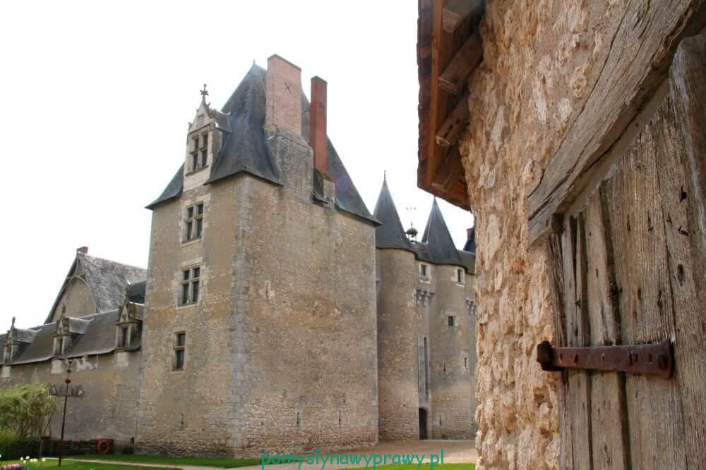 Francja Zamki nad Loarą Fougeres Sur Bierve
