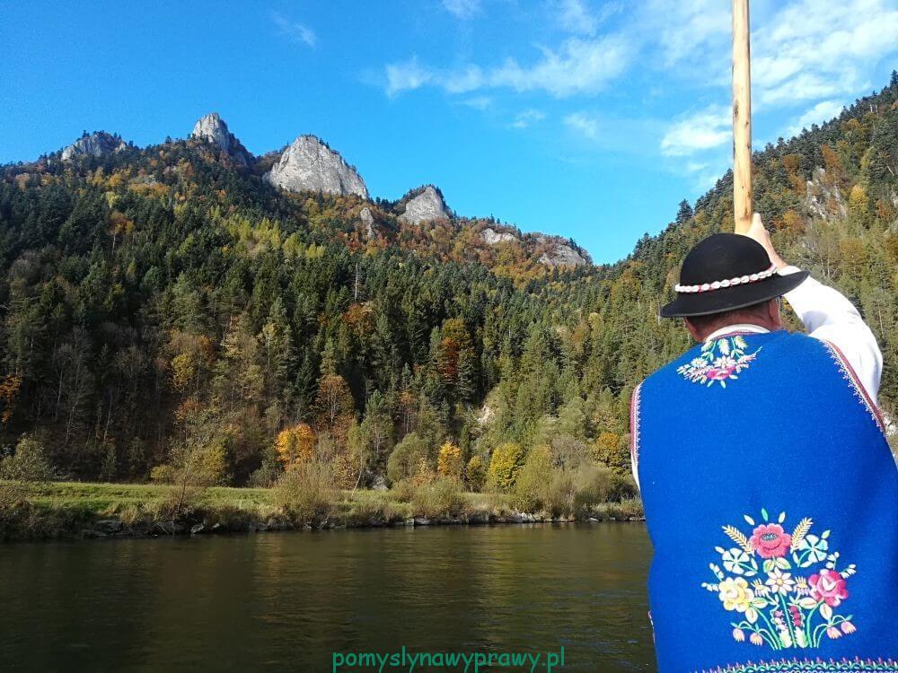 Pieniny spływ Dunajcem widok na Trzy Korony