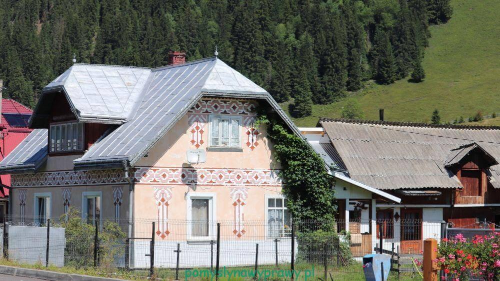 Malowane domy Bukowiny